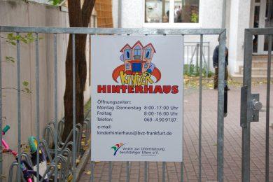 Kinder Hinterhaus 02